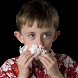 Чего  нельзя делать, если ребенок разбил нос