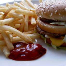 фастфуд,вред чипсов,питание,раковые заболевания