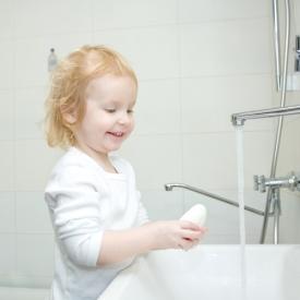 научиь мыть руки,как научить ребенка мыть руки
