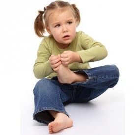 боли роста,болит ножка у ребенка,болят ножки