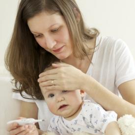 ребенок заболел,что делать,насморк у грудничка,красное горло у ребенка