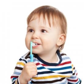 молочные зубы,зубы ребенка,зубная паста