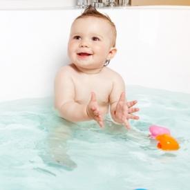 Шампунь для головы и тела 2 в 1 Mustela Bébé: ХИТ 2015 рекомендует