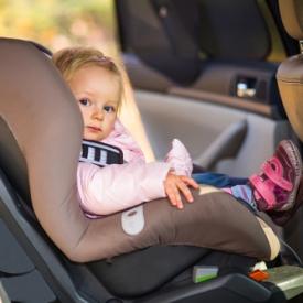 ребенка укачивает в транспорте,укачивает в авто,укачивает в машине,что делать%3F