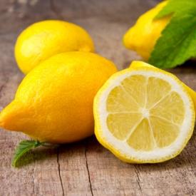вода с лимоном,польза воды с лимоном