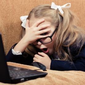 Школьник и социальные сети: 5 опасных симптомов зависимости