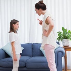 Как плохие отношения с родителями провоцируют ожирение у детей