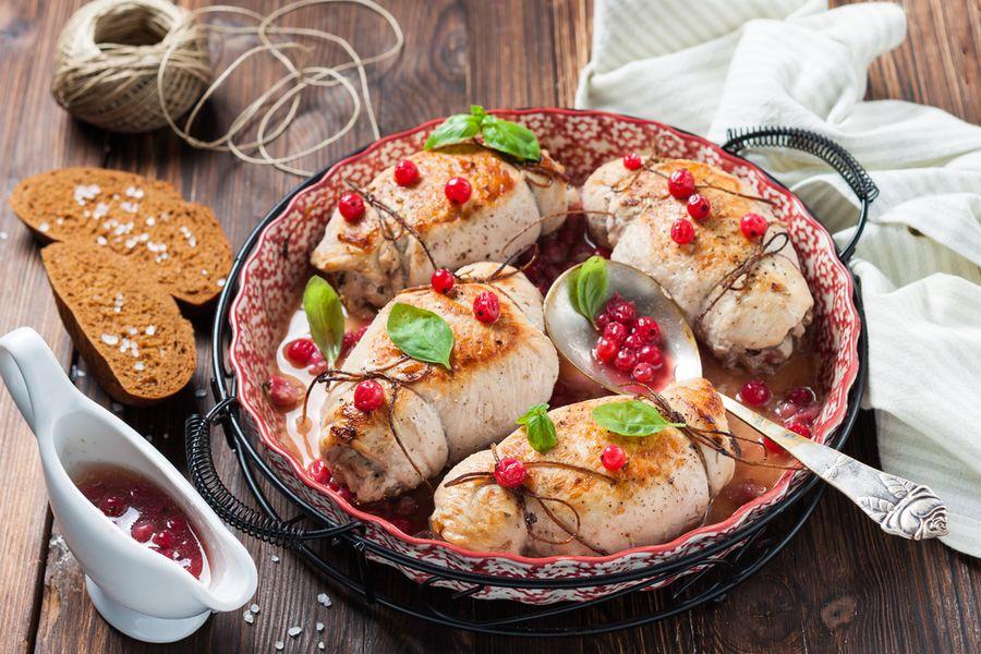 мясо в тарелке