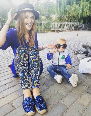 Мама Слава с сыном