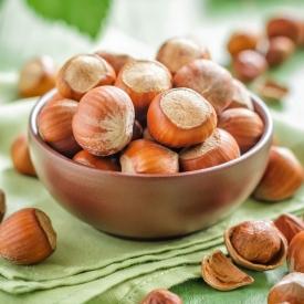 лесной орех, лещина, полезные свойства лесного ореха, польза лесного ореха, калорийность лещины