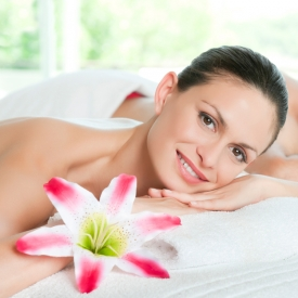 самые дорогие спа-процедуры в мире, самая дорогая смесь для ванны, бриллиантовый массаж, спа-уход, трюфельный педикюр, маска из золота