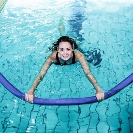Танцы на воде: чем полезна аквадинамика