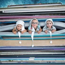 Швейцарский фотограф создает невероятные снимки своих дочерей (Фото)