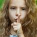 замкнутый ребенок,ребенок-ботаник,что делать,детская психология