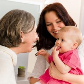 Первое знакомства няня с малышом как вести сябя няне знакомства со студентами франции