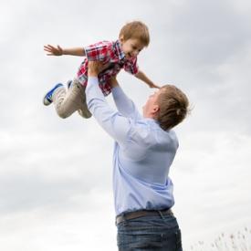 папа и ребенок,видео