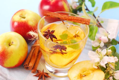 Как быстро похудеть: яблочный отвар