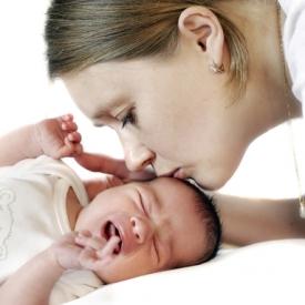 кормление грудью,кормление по требованию,почему кричит малыш