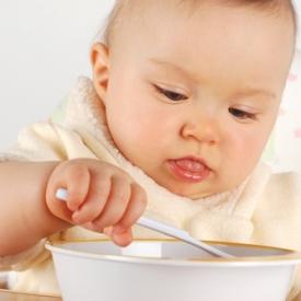 есть самостоятельно,как научить ребенка есть