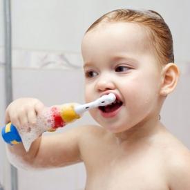 приучить чистить зубы,как чистить зубы