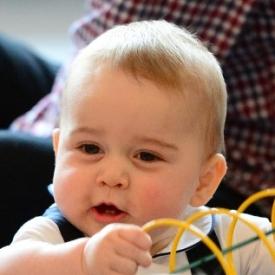 принц Георг,принц Джордж,Кейт Миддлтон,сын Кейт Миддлтон и принца Уильяма,ребенок Кейт Миддлтон и принца Уильяма,принц Уильям,фото