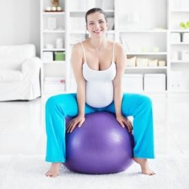 спорт для беременной,упражнения для будущей мамы,занятия на фитболе