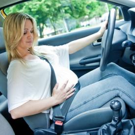 беременная за рулем,правила безопасноти
