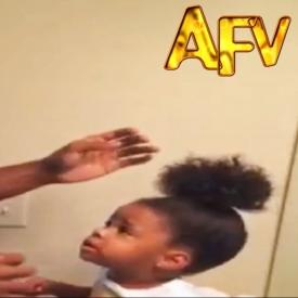 прическа,видео,папа и дочь,смешное детское видео