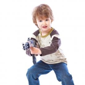 игрушки для детей,нужны ли пистолеты детям