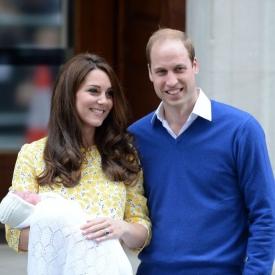 принцесса Шарлотта,дочь Кейт Миддлтон и принца Уильяма,ребенок Кейт Миддлтон и принца Уильяма,королевская семья
