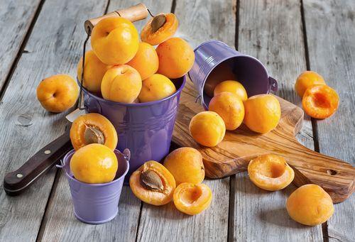 Сердечно-сосудистые заболевания: употребляйте абрикос