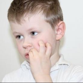 грызть ногти,вредная привычка,детская психология