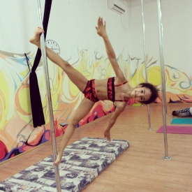 Татьяна Батрун,pole dance,танец на пилоне,можно ли девочкам заниматься pole dance,танцы,с какого возраста заниматься pole dance