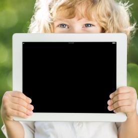 Как сохранить детское зрение: правила использования гаджетов