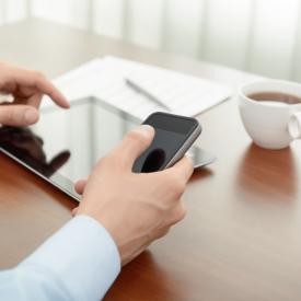 мобильный телефон,письмо,смс-переписка,e-mail