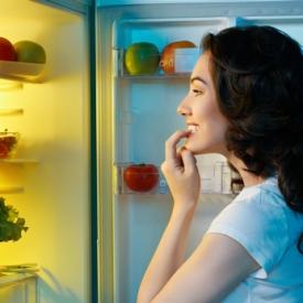 еда в ночное время,вредная еда,развитие мозга,когда правильно есть,Исследования ученых,еда для мозга,открытие ученых