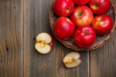 Продукты для печени: яблоки