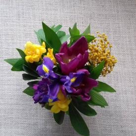 видео,цветочная композиция,что подарить на 8 марта