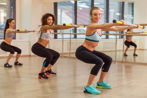 Как быстро похудеть: приседания