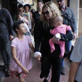 Мадонна,звездные семьи,Мадонна и сын