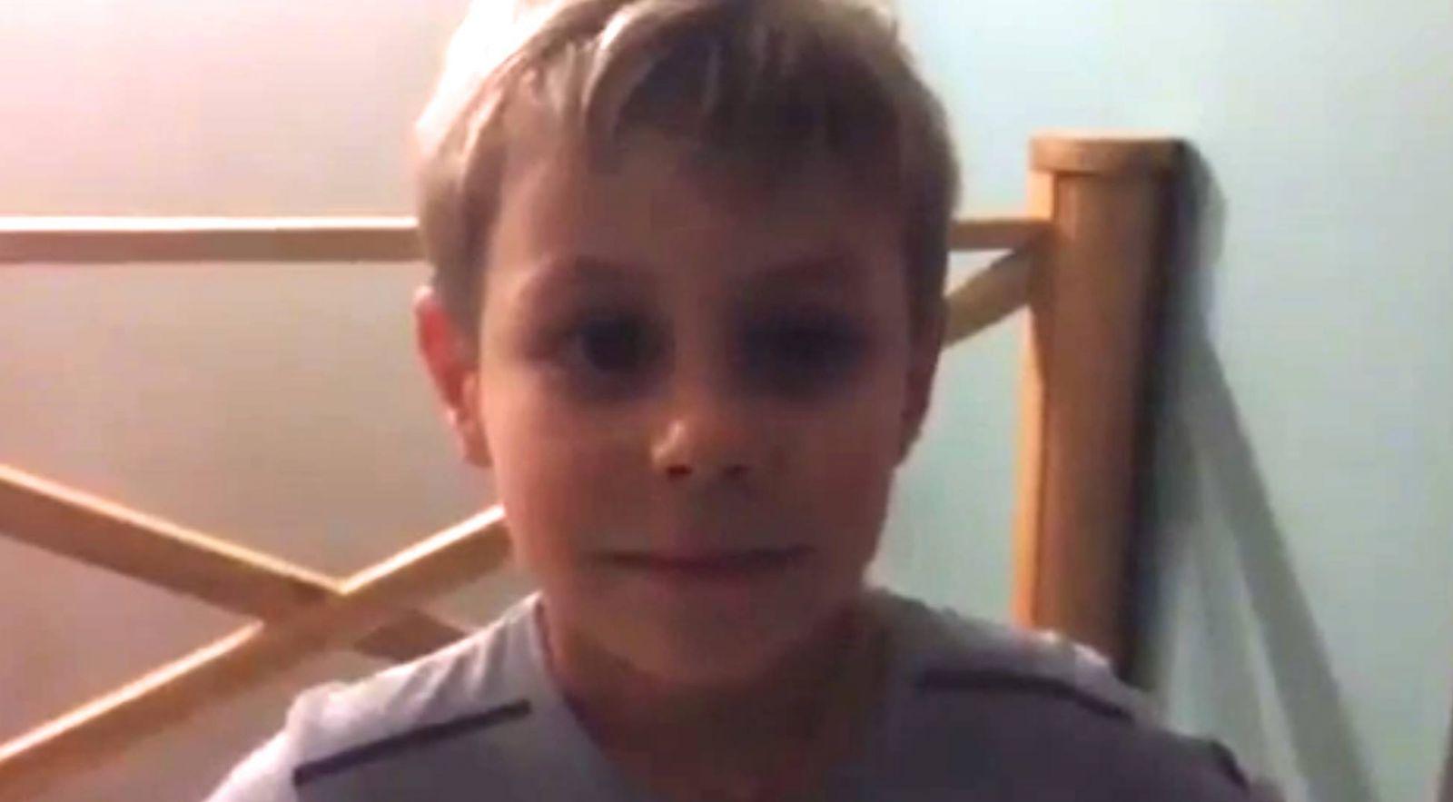 Смотреть ролики сын удовлетворяет мать 7 фотография