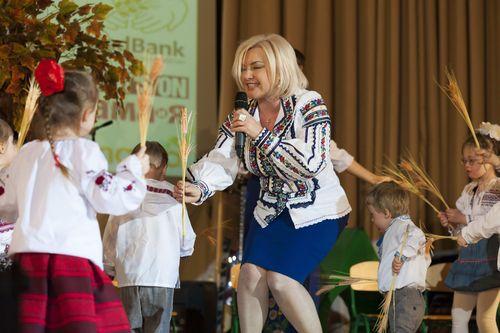Оксана Билозир на благотворительном концерте в помощь детям с особенностями развития