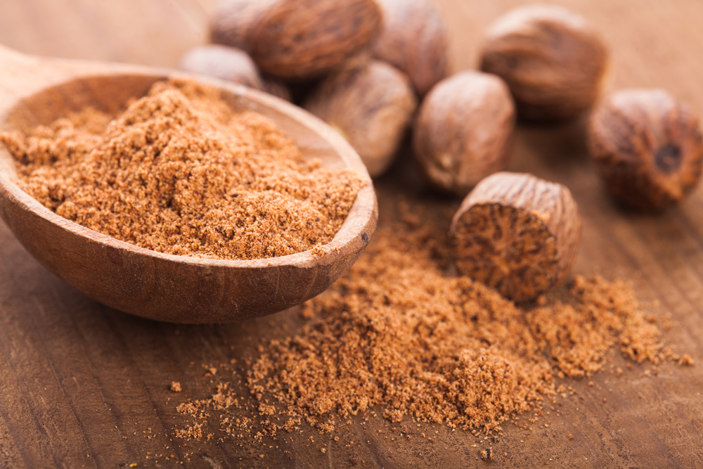 Продукты питания: мускатный орех