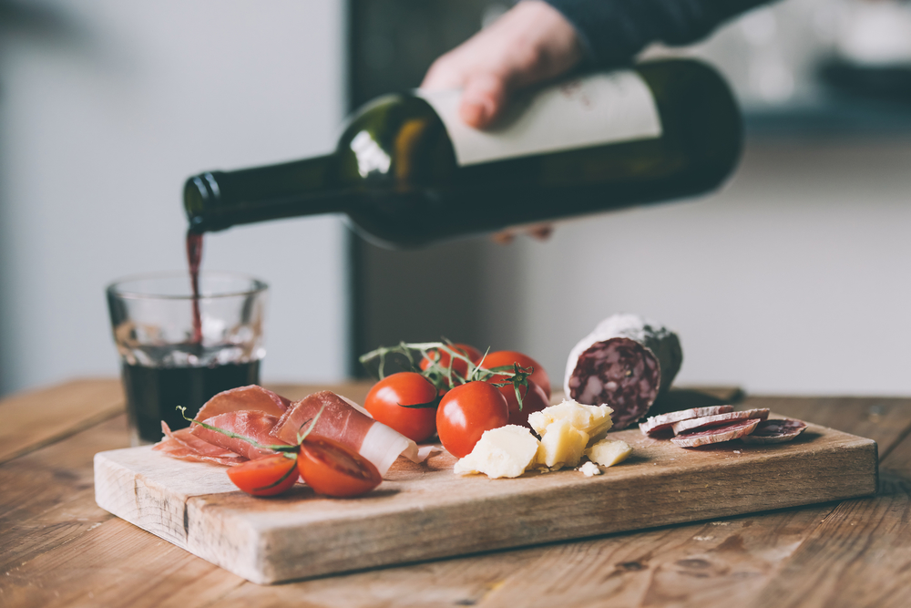 вино сыр