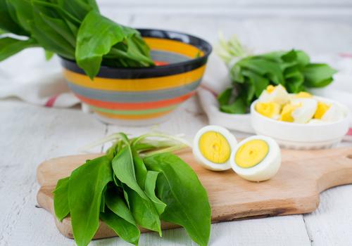 продукты питания: яйца